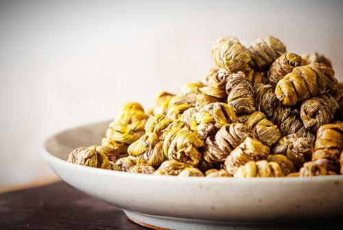 铁皮石斛花茶多少钱一斤